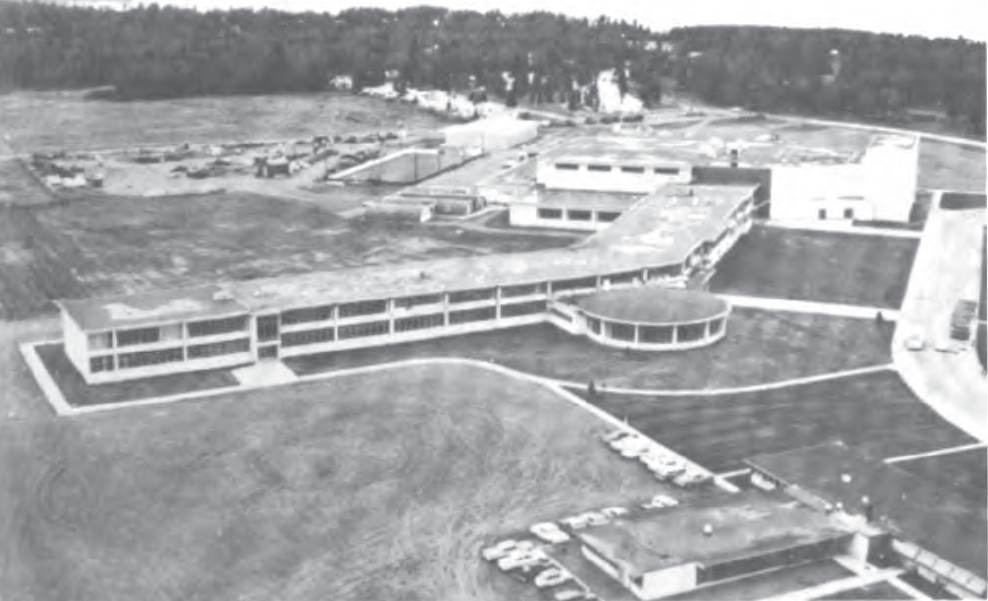 General view of the West Anchorage High School after the earthquake and before reconstruction. (National Academy of Sciences, 1973)