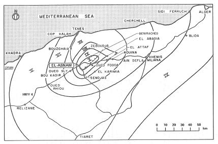 Isoseismal map (preliminary) of October 10, 1980 El-Asnam main shock (CTC, 1981, based on MMI intensities)