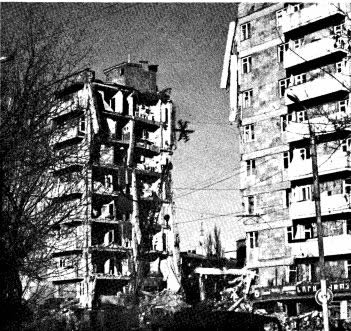 Partially collapsed, nine-story residential frame precast-frame building in Leninakan (Wyllie, 1989).